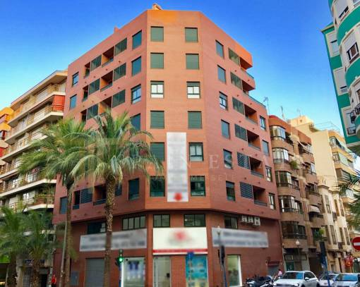 Apartment / Flat - Resale - Alicante - Centro