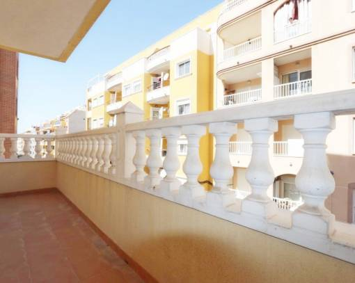 Apartment / Flat - Resale - Torrevieja - Paseo maritimo