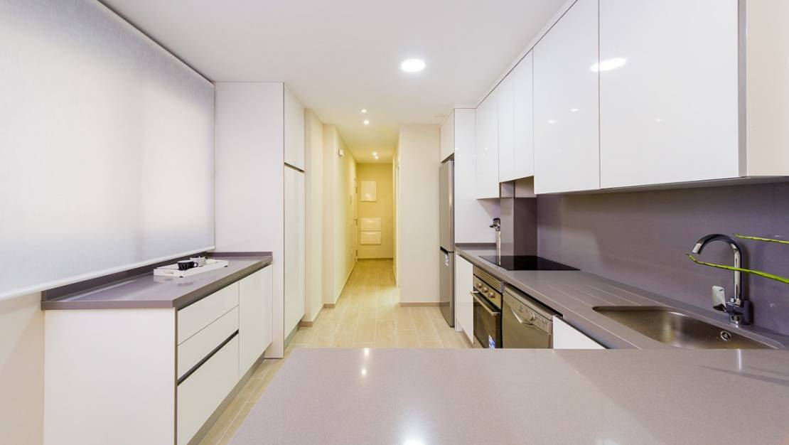 Apartment in Torrevieja with elevator. - Kitchen