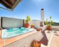Big villa in Marbella with swimming pool and a jacuzzi - jacuzzi