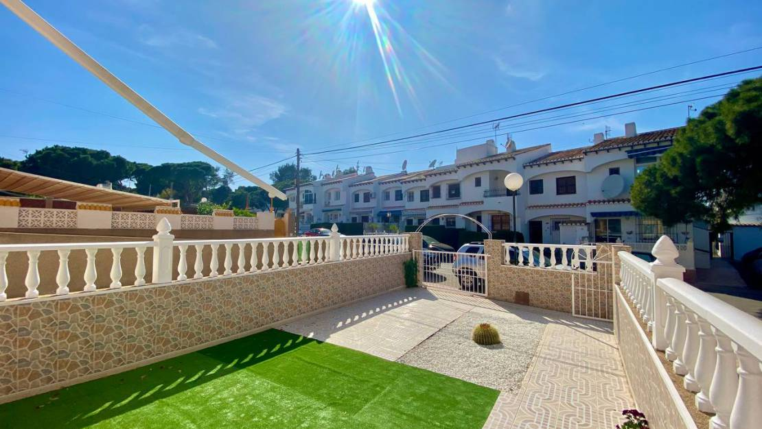 Long time Rental - Apartment / Flat - Torrevieja - Los balcones