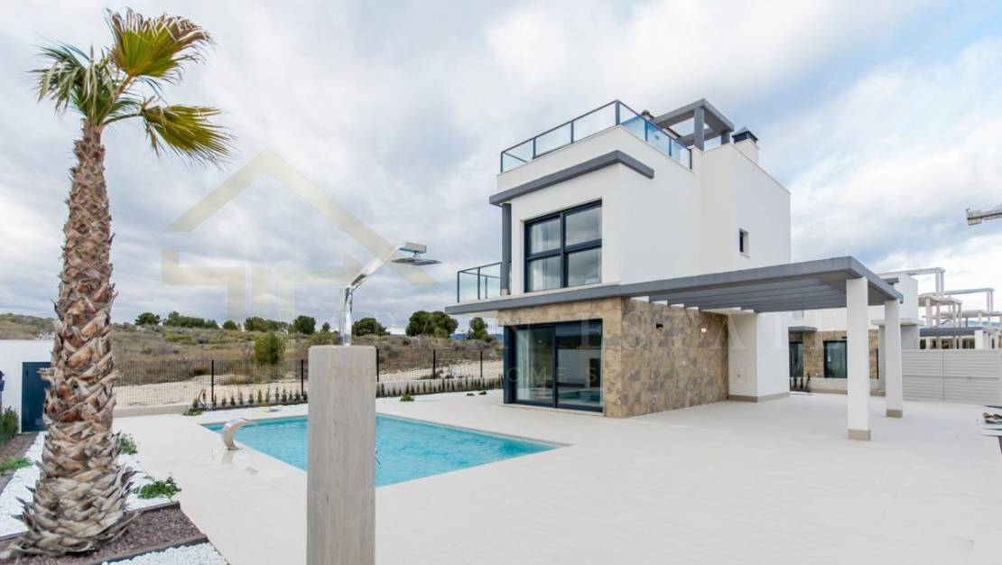 Luminous Villa in Castalla zone with a swimming pool - the house