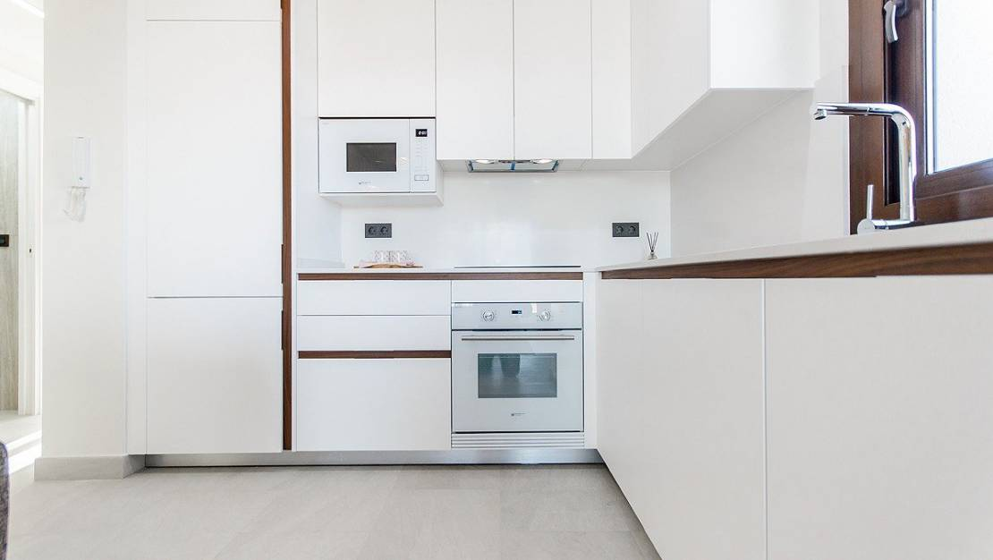 modern kitchen. Apartments For Sale in Los Balcones of Torrevieja