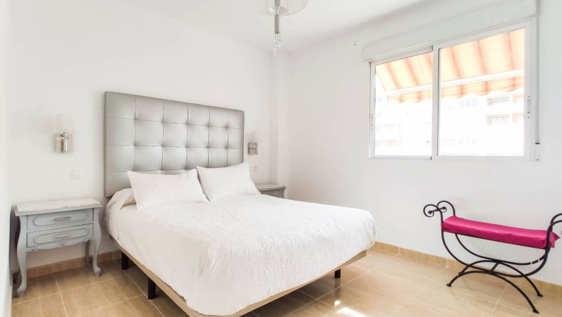 Resale - Apartment / Flat - Alicante - Babel
