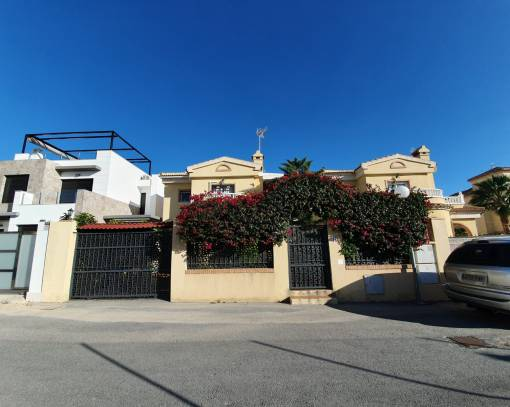 Terraced house - Wederverkoop - Orihuela Costa - Lomas de Cabo Roig