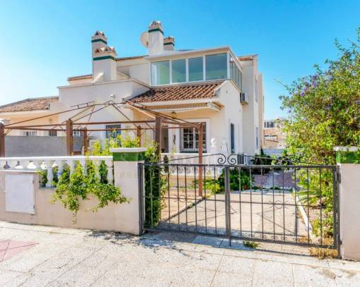 Terraced house - Wederverkoop - Orihuela Costa - Playa Flamenca