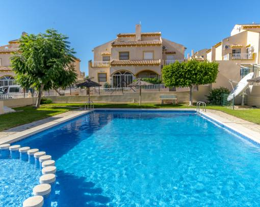 Terraced house - Wederverkoop - Orihuela - Los Altos