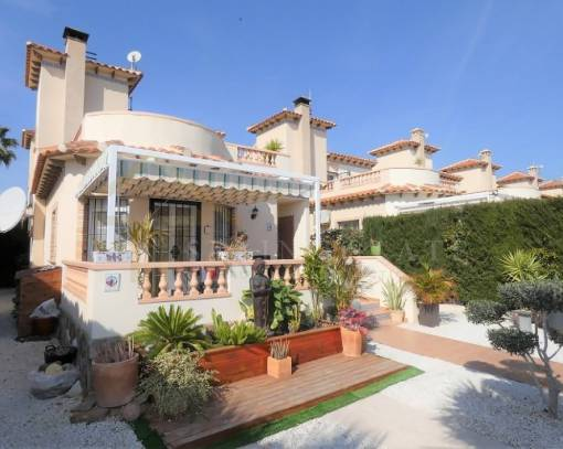 Villa - Resale - Guardamar del Segura - Alicante
